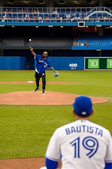 Snoop Dogg throwing the first pitch at a Toronto Blue Jays game. It was a little high.