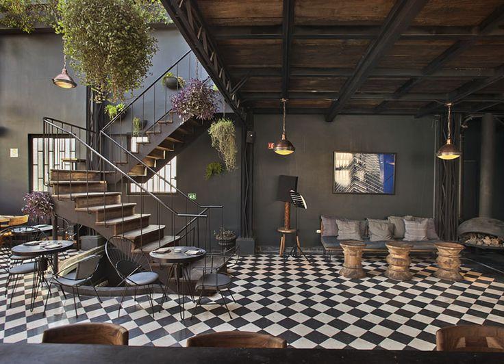 Let's Build a Home - Romita Comedor by Rodrig Espinoza The building...