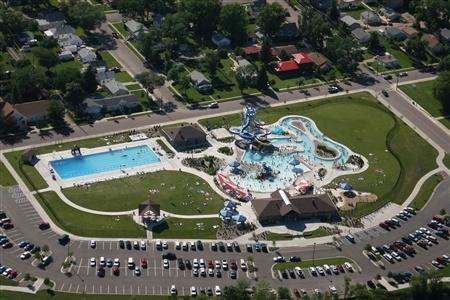Aberdeen Aquatic Center - South Dakota Tourism