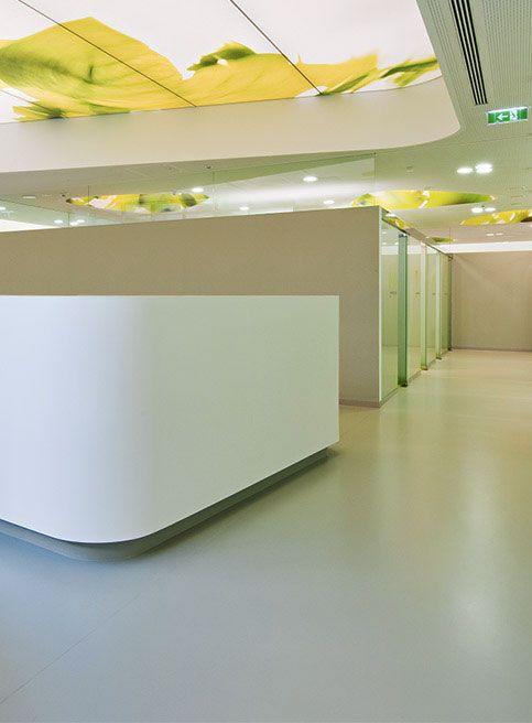 Clinic center U3 – Vienna, Austria / Kayar flooring https://www.pinterest.com/artigo_flooring/kayar/