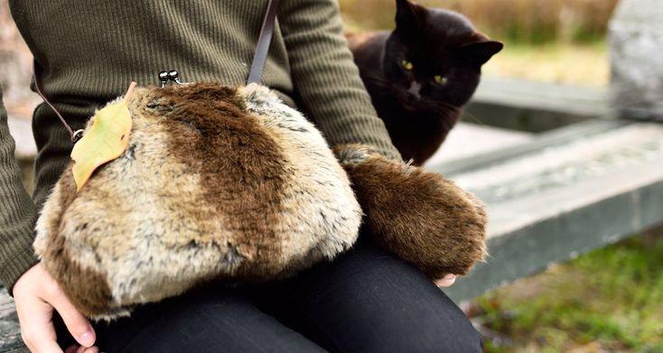 """よもやまのもの屋@DF【G373】さんのツイート: """"たぬきを連れ歩く #女の価値を決めるバッグ… """""""