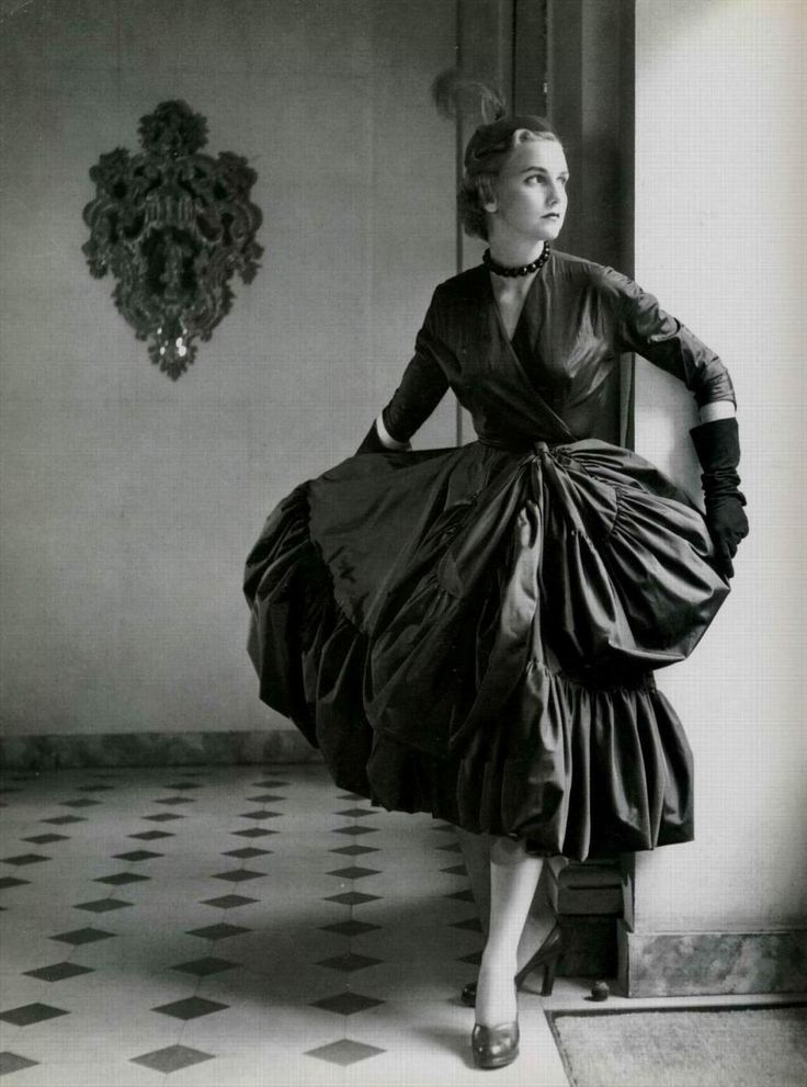 A 1951 dress by Balenciaga plays with volume and proportion.
