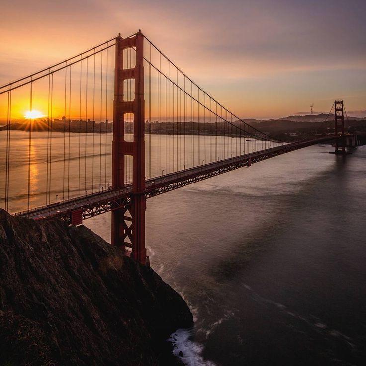 Golden sunrise #sanfrancisco #sf #bayarea #alwayssf #goldengatebridge #goldengate #alcatraz #california