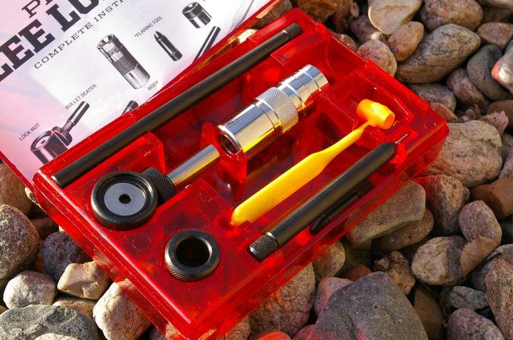 Lee Pistol reloading kit in red plastic kit Find our speedloader now!  http://www.amazon.com/shops/raeind
