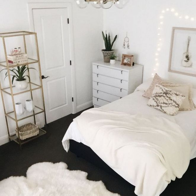 33 Unusual Article Uncovers The Deceptive Practices Of Cute Bedroom Ideas Cozy Simple Small Room Bedroom College Apartment Decor Simple Bedroom