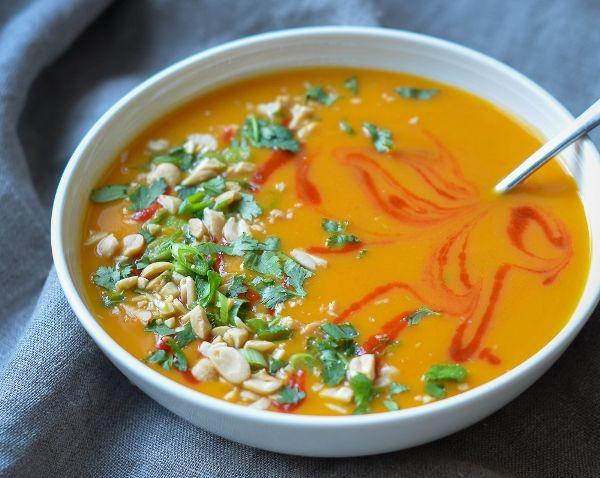 Суп пюре из тыквы поможет вам нормализовать пищеварение после праздников: легкий, ароматный, согревающий овощной тыквенный суп-пюре за полчаса