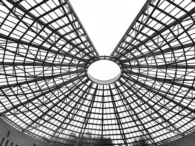 la cupola in acciaio e vetro del Mart di Rovereto by pupsy27, via Flickr http://www.mart.tn.it/architettura