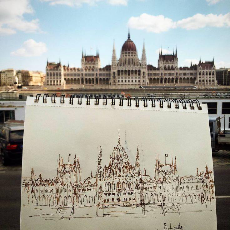 Teve que ser  #sketchbook #urbansketch #backpacking #drawing #travelanddraw #travel #city #sketch #diariografico #budapest