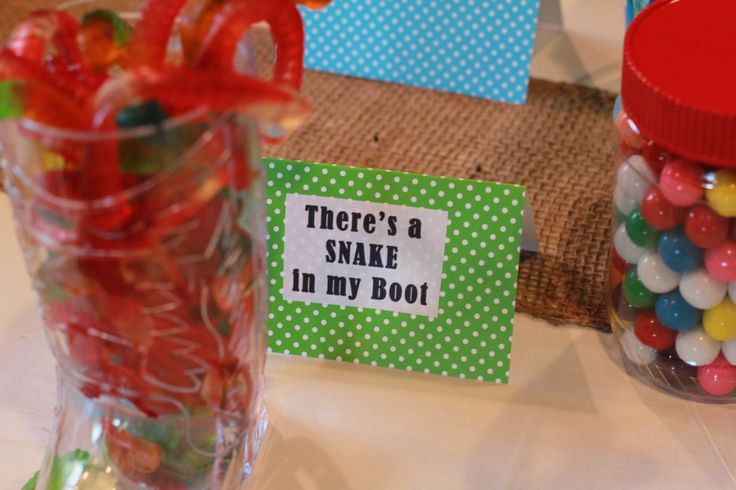 snake in my boot candy idea for toy story party #disneypaintmom