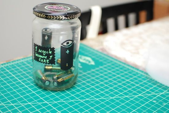 How to recycle batteries and hazardous waste // How to organize your recycling // recycle tips & tricks