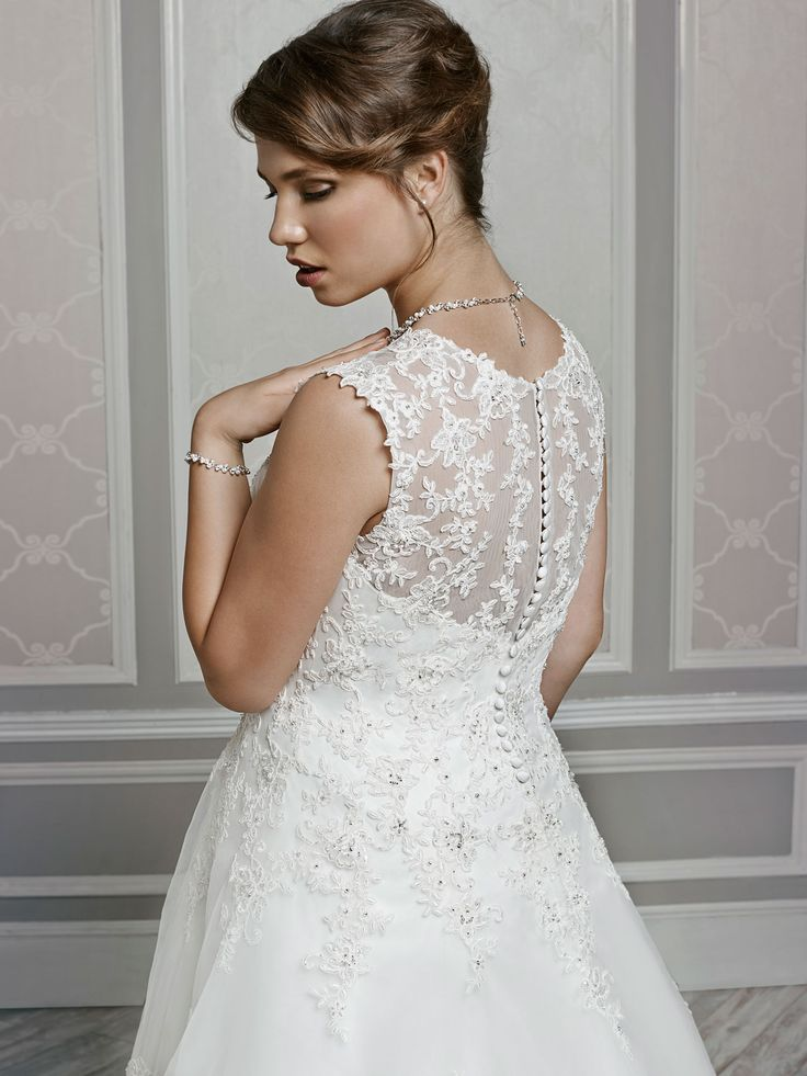 Style 3377 bridal gowns wedding dresses femme for Private label wedding dress