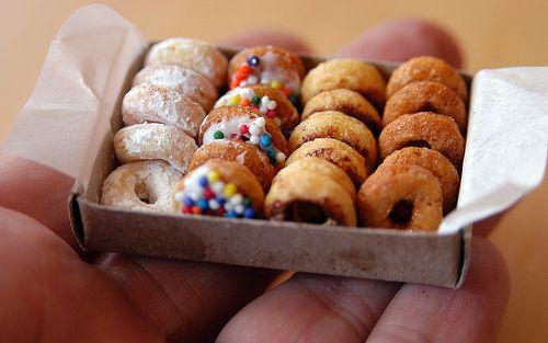 My Paper Crane's teeny, tiny donuts from the Borrowers