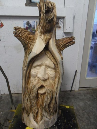 Best chainsaw carvings images on pinterest carved