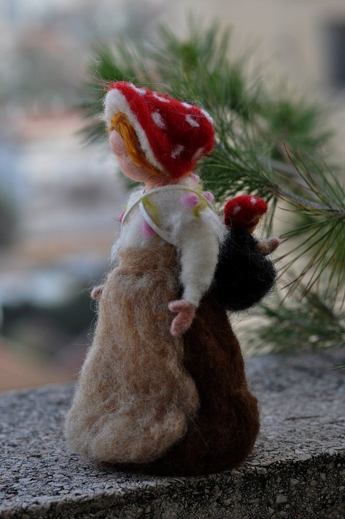 Children of the forest- Forest Mother with a baby-Needle felted soft sculpture- Elsa Beskow and Waldorf Inspired | Flickr - Photo Sharing!