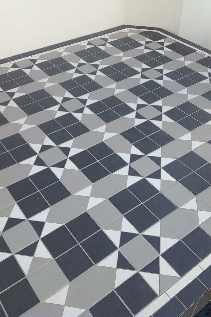 Intrincate pattern for this tessellated floor tiles