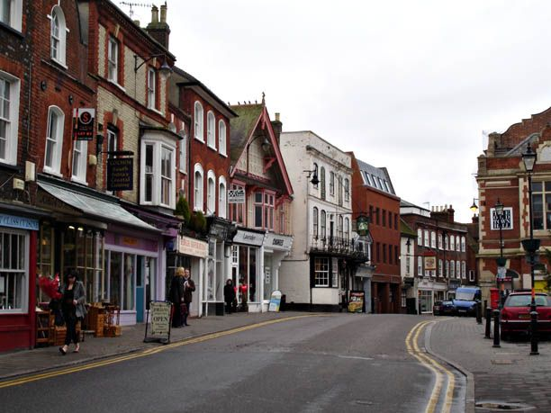 """Mirdsomer Murders Locations - Hemel Hempstead Old Town, Hertfordshire, in """"The Sword of Guillaume"""""""