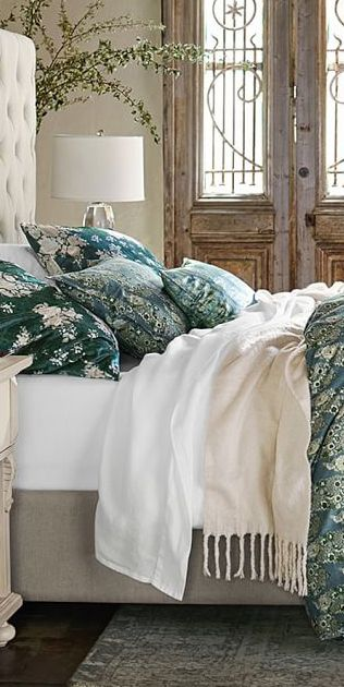 529 best Luxury Bedding Sets images on Pinterest | Bedding sets ...