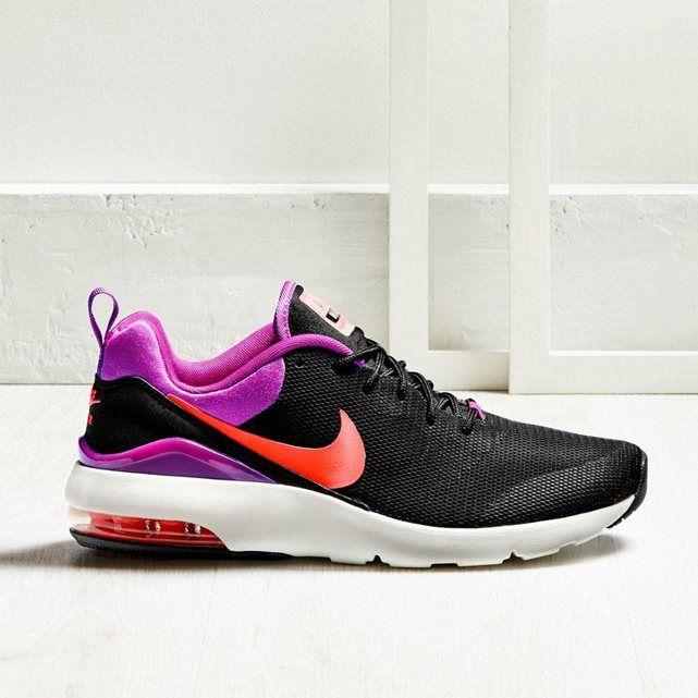 La chaussure de running Nike Air Max Siren pour Femme est fabriquée avec une empeigne en mesh sans coutures et un amorti Max Air au talon pour une excellente aération et une protection optimale contre les chocs. Baskets basses à lacets running Air Max Siren NIKE.