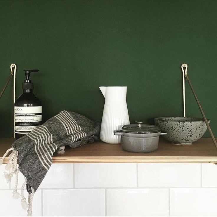 MOI Viskestykke fra VIIL // Kitchen tools featuring VIIL tea towels.