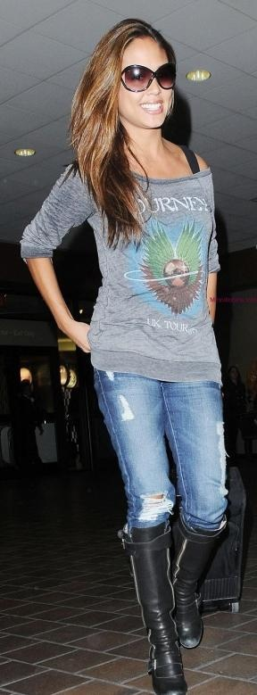 Vanessa Lachey ~ Off shoulder sweatshirt, holey jeans and boots