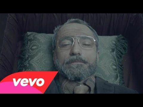 The Shins - Simple Song - YouTube......This Video reminds me a bit like the Royal Tenenbaums.