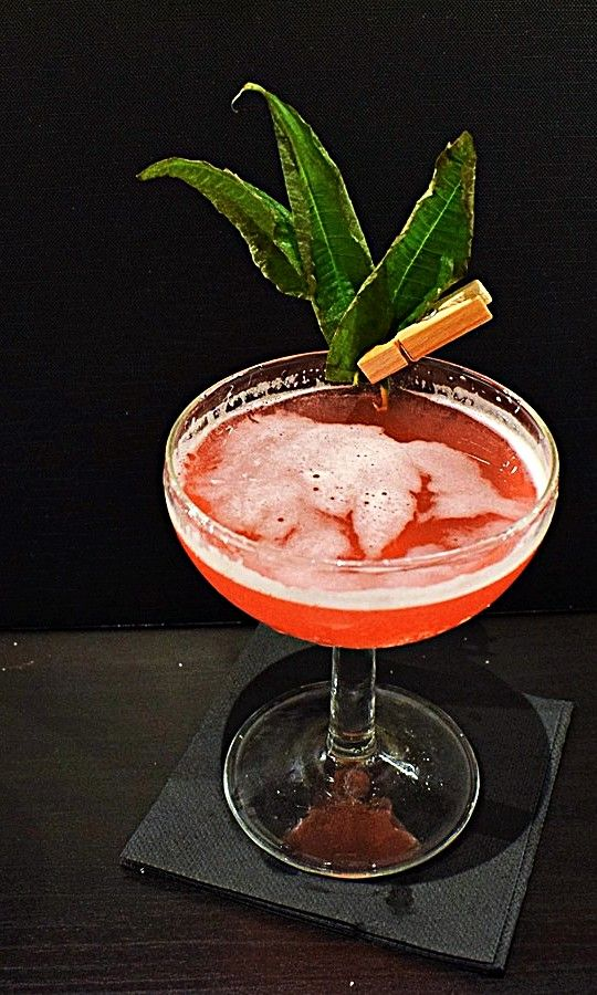 how to make drink garnishes