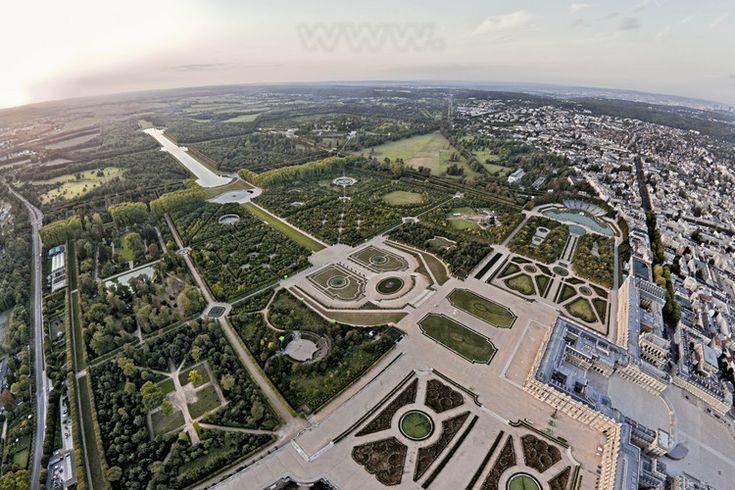 17 best images about versailles gardens on pinterest gardens perspective and the she - Les jardins de versailles ...