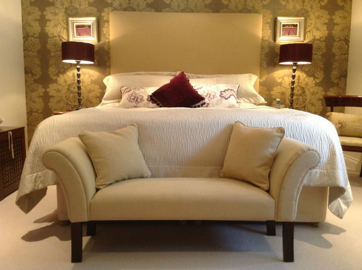 18 best BESPOKE CHAISE WINDOW SEATS & BEDROOM CHAIRS images on ...