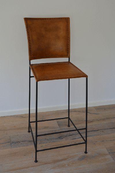 M-2112 - Bekväm barstol med ryggstöd - Kollektion Läder