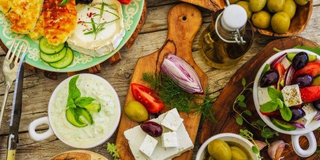 La dieta mediterranea sta scomparendo. Secondo la FAO ci si sta allontanando da frutta, legumi e verdure
