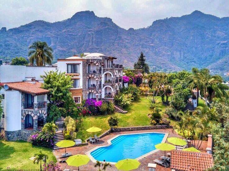 Escápate con tu pareja a estos hoteles románticos con alberca que están a menos de 2 horas manejando desde la Ciudad de México.