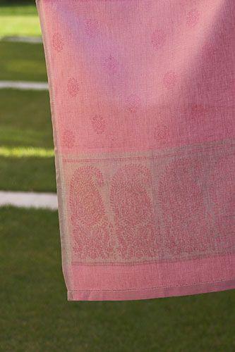 #LinenWay #Towel #Linen #Linen Towel #Jacquard #Jacquard Towel #Paisley Pattern