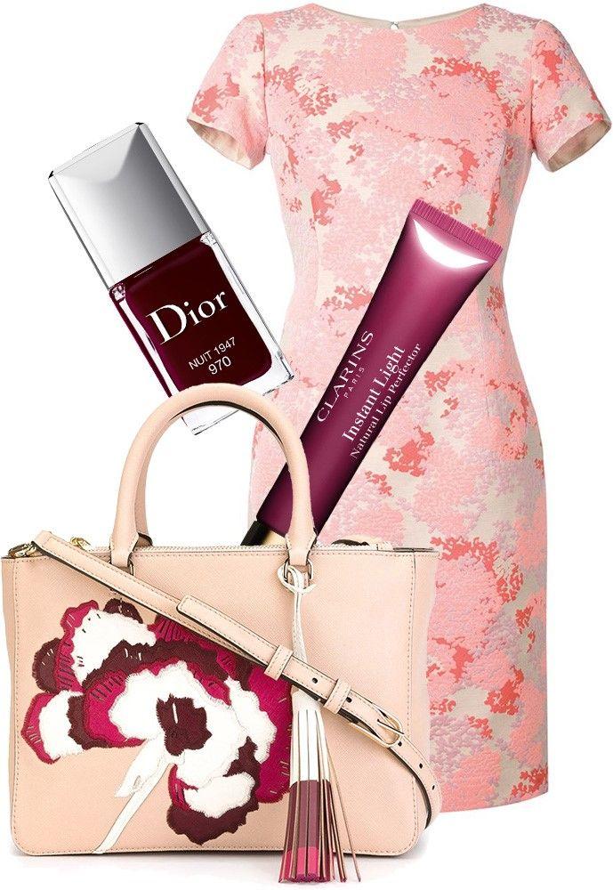 Платье Carolina Herrera; Dior, лак для ногтей Dior Vernis, оттенок 970 Nuit 1947; Clarins, блеск для губ Eclat Minute, оттенок 08 Plum Shimmer; Сумка Tory Burch