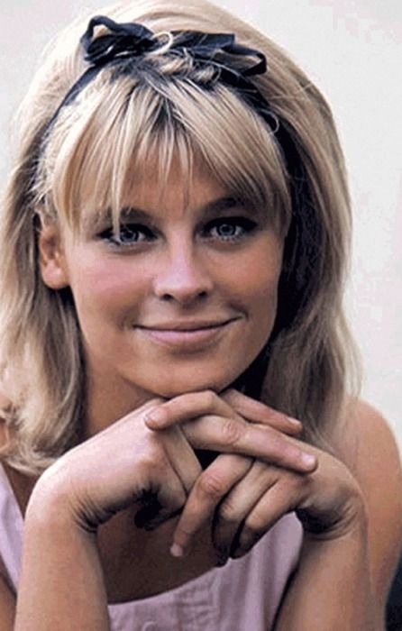 Actress Julie Christie, who starred in such classic movies as Dr. Zhivago, Heaven Can Wait, and Shampoo, was born Apr. 14, 1941.