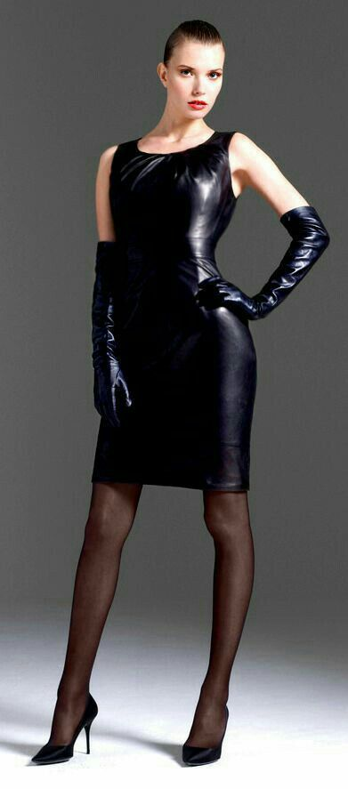 Tight Sleevless Dress With Long Gloves And Propper Dark Hosiery