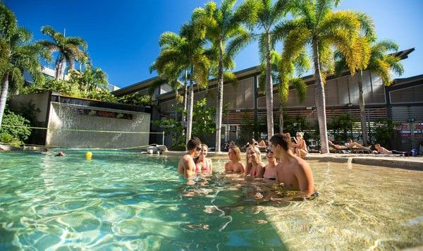 Gilligan Backpapers Hotel & Resort a Cairns (prezzi a partire da 15 euro a persona)