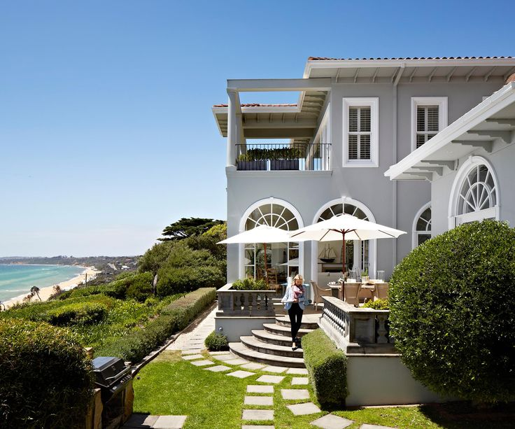 There's more to this house than its fabulous location on Victoria's Mornington Peninsula. The fresh interior, steeped in family history, makes everyone feel at home.