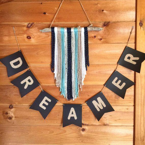 Bannière pendentif rêveur noir avec les lettres de par SaltedSailor