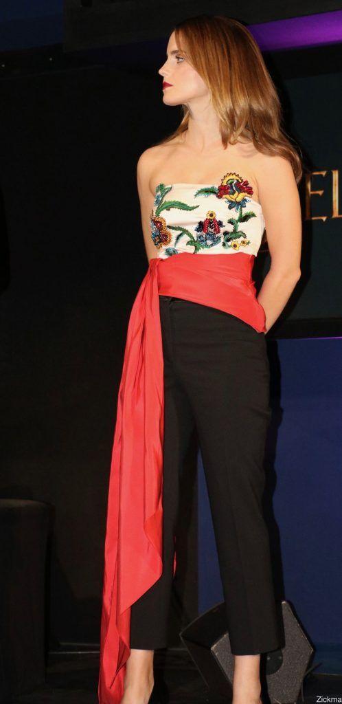 Emma Watson In Oscar De la Renta - Beauty And The Beast Paris Fan Event