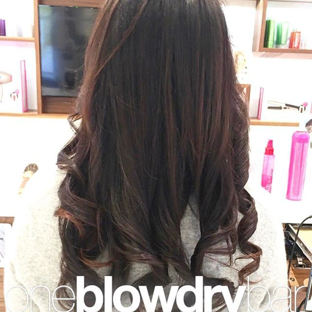 Unhappy with the #drybar ? Looking for a new #BlowDryBar ? Then try out @oneblowdrybar ! You will fall in love with #blowouts all over Again ! #Blowdry #hairstyling by #oneblowdrybar by @bella_stylee