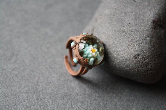 DragonGlass cosmic blossom ring от LikeAGlassShop на Etsy