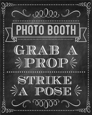 Chalkboard Photo Booth Sign FREE to download at Printabelle #chalkboartbirthday #birthdayphotobooth #birthdaypartykid