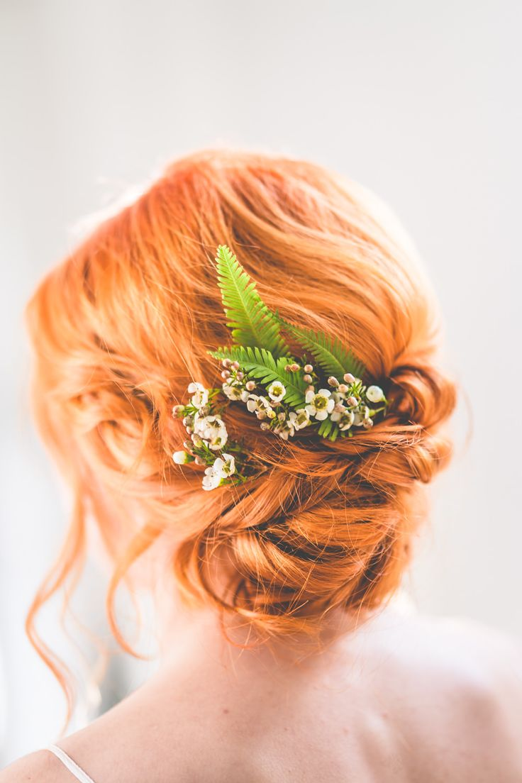 Bridal up do hairstyle with fresh flowers hairpiece | Natural Inspiration Shoot | Greenery Inspiration | Foliage Inspiration | http://www.rockmywedding.co.uk/natural-romanticism/ | Image by Love That Smile Photography