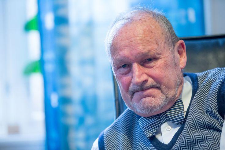 Per Fugelli vet han skal dø. Han er alvorlig kreftsyk, men han aner ikke hvor lenge han har igjen å leve. Til oss kommer han med hele to foredrag, for en mann!