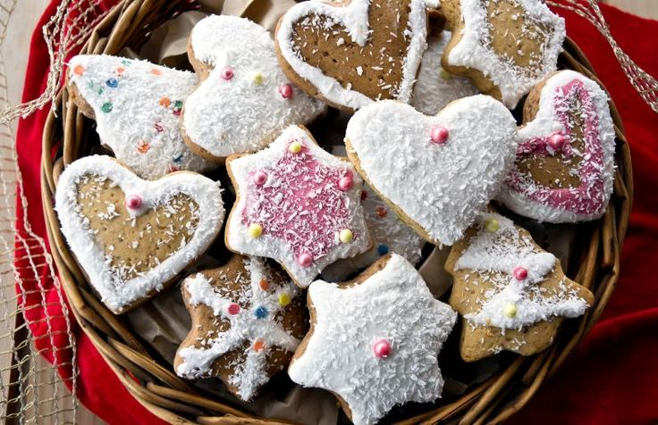 Ginger and Cinnamon Cookies-Sweet Christmas Decorations
