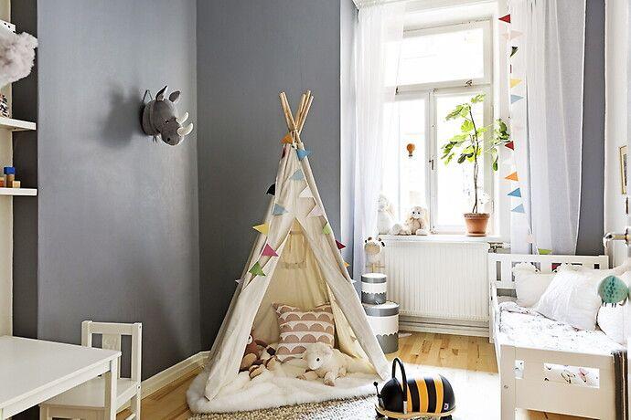 Bilder, Barnrum, barnsäng, Vit, Modernt, Grå, tält, Vimpel - Hemnet Inspiration