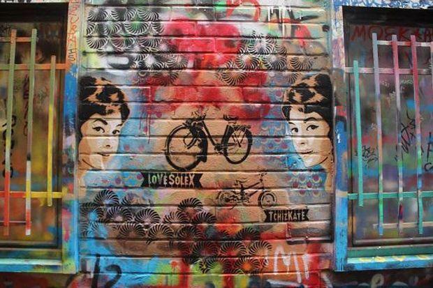 Gents 'Graffitistraatje' viert 20ste verjaardag met make-over