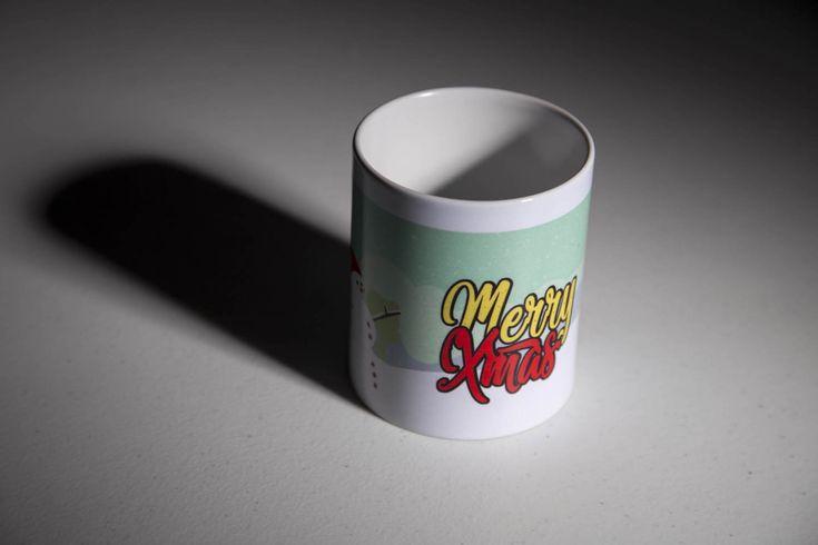 Íme az idei karácsonyi bögre és egérpad termés a Grafikus OKJ tanfolyamon  :) http://www.topschool.hu/grafikus-okj-tanfolyam.php #grafikus #okj #tanfolyam #kepzes #iskola #szakkepzes #webdesigner #designer #bögre #mug #mugshotmonday