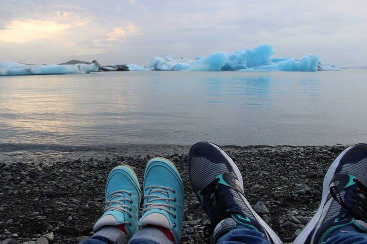 E con il ghiaccio dentro al bicchiere faremo un brindisi tintinnante a questo viaggio davvero mondiale e a questa luna gigante. Francesco De Gregori   #Nicedayin Jökulsárlón Glacier Lagoon, Iceland - #holiday #igtravel #travelingram #travel #traveling #travelgram #niceday #buonadomenica #fromwhereistand #viaggio #globalyodel #igersiceland #iceland #icelandic #iceland15 #ig_iceland #jokulsarlon #iceberg #glacier #lagoon