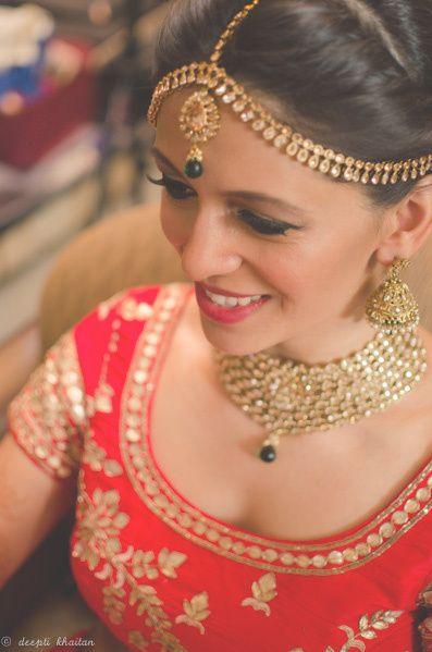 gold mathapatti, polki work, emerald drop, gold jhumkis, kundan necklace